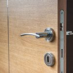 Tips to be considered before hiring a professional Commercial Locksmith