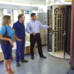 3 Things To Look Out For the Right Door Supplier